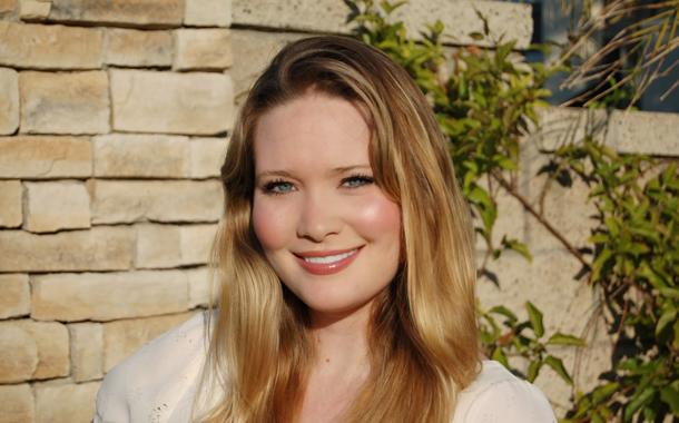 Sarah J. Maas is Arany pöttyöst olvas!
